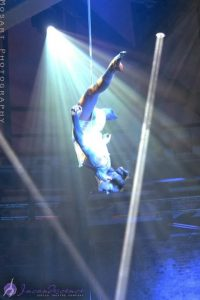 Circus shows Incandescence